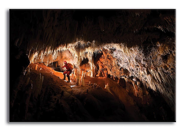 Grotte de Pousselières (C.Howes)